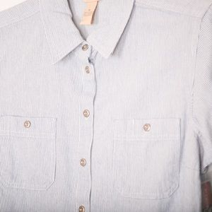 Bit & Bridle NWT Button-up Multiples Blue & White